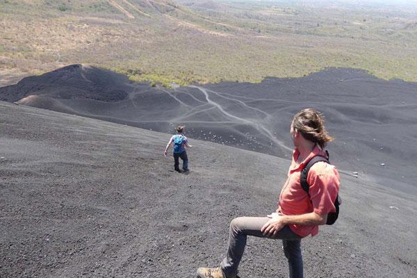Nicaragua Rundreise Cerro Negro