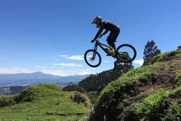 mountain biking ecuador Pichincha